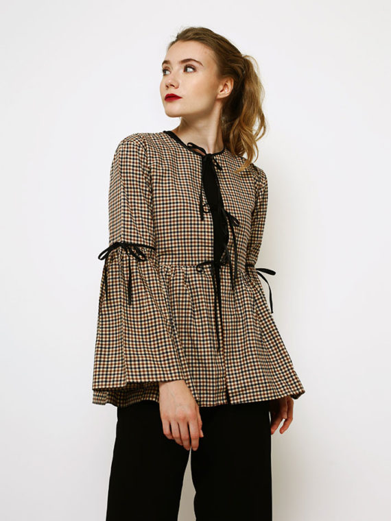 chloe-outer-01